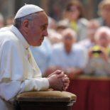 Em novembro, Papa reza por países que acolhem os refugiados