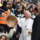 Chamado à santidade é para todos, reforça Papa