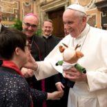"""Papa: """"Esporte, mensagem de um mundo sem fronteiras e exclusões"""""""