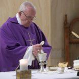 Papa: Jesus é a plenitude da lei com a misericórdia e o perdão