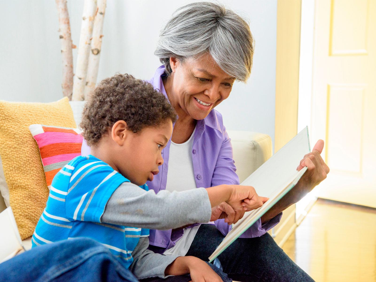 Resultado de imagem para avós e netos