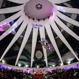 Padre João Firmino tirando dúvidas no Evento Noiva e Música na Catedral de Brasília em 27/09