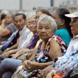 No mês de dezembro, Papa pede oração pelos idosos